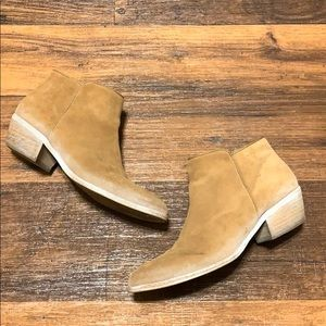 Sam Edelman Petty 2 Brown Suede Ankle Booties
